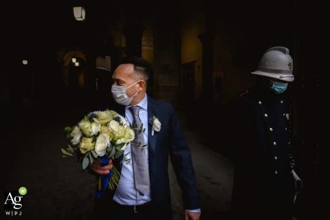 Creatieve bruiloftsdetailafbeelding uit Toscane van het boeket van de bruid