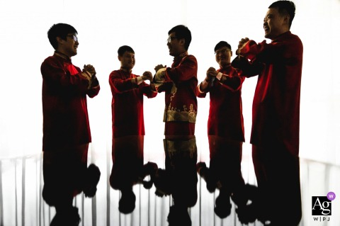 Henan wedding party artistic image session with shadows and light of the men from the wedding