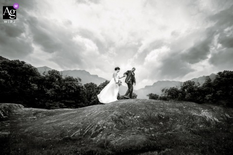 Castle Sasso Corbaro wedding couple artistic image session in the countryside