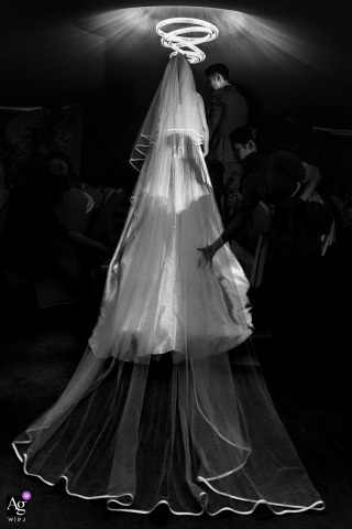 Guangdong artful style wedding detail picture in BW from the marriage Location of the Start of ceremony