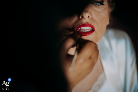 Apulia artful style wedding detail picture of lipstick on the lips of the bride