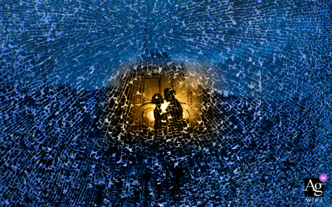 View thiscreative Fujian wedding image showing The glass broken by the stone looks very beautiful, which was a featured pictureamong the best wedding photography in Fuzhou from the WPJA