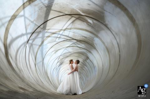 Regardez cette photo esthétique du jour du mariage de la Verbeke Foundation Stekene, qui figurait parmi les meilleures photographies de mariage de la WPJA.