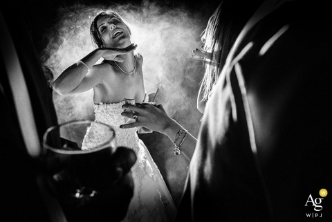 São Paulo Wedding Photography | Image contains: black and white, bride, drinks, wedding reception, party