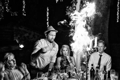 Empfang Feuer Hochzeit Fotojournalismus von Fabio Mirulla von Arezzo, Italien