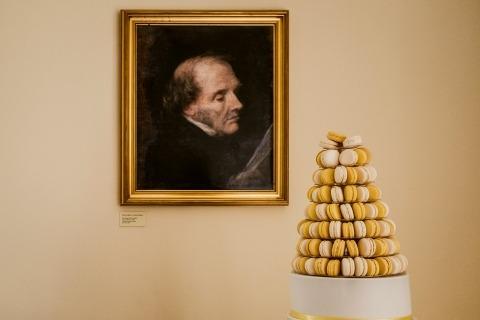Fotografía de boda de un pastel en una recepción por Matt Tyler de Kent - Reino Unido Wedding Reportage