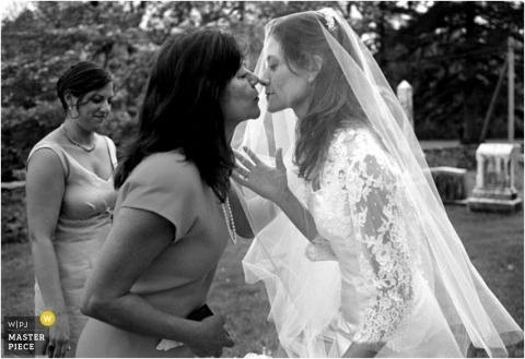 Kiss the bride in black-and-white
