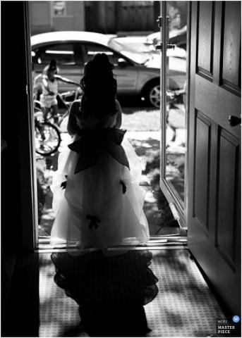 Wedding Photographer Lucinda Jacobson of ,