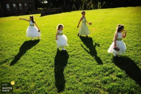 Wedding Photographer Sarah Bastille of Massachusetts, United States