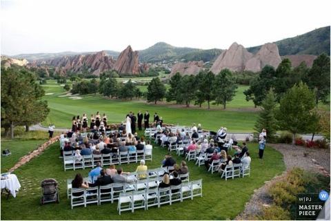South Carolina Photographer captures this outdoor wedding at a golf course