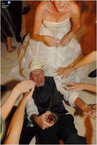 Wedding Photographer Ashley Garmon of , United States