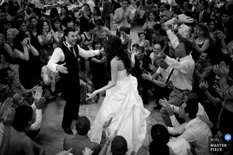 Lower Saxony bride and groom dancing image from the wedding reception