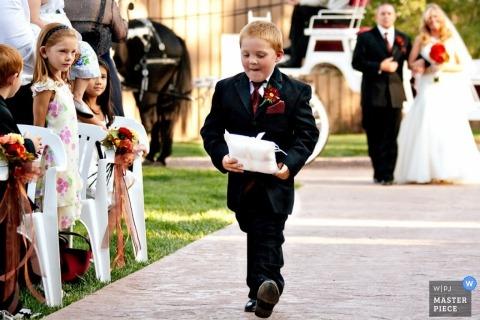 Wedding Photographer Christina Gressianu of Colorado, United States