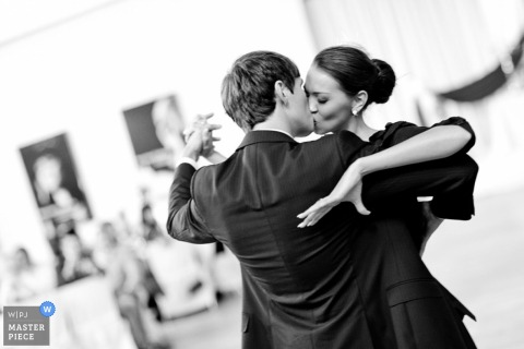 Lower Saxony bride and groom dancing at the wedding reception
