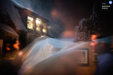 Washington Documentary Wedding Photographer | Image contains: winter wedding snow night