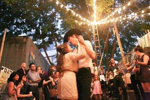 Wedding Photographer Jennifer MacFarlane of , United States