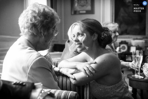 Leicestershire Hochzeitsfotografie | Bild enthält: Schwarzweiss, Braut, Frau, Liebe