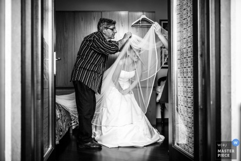 Wedding Photographer Alessandro Avenali of Roma, Italy