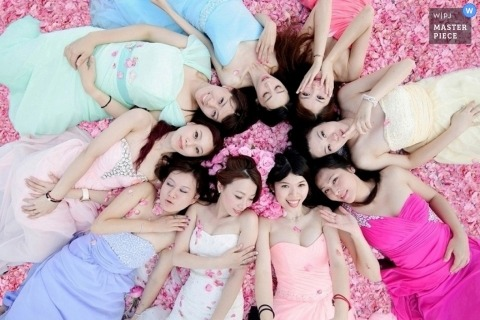 Taipei Wedding Photography Portraits | Image contains: bride, bridesmaids, bridal party, roses, pink, dresses