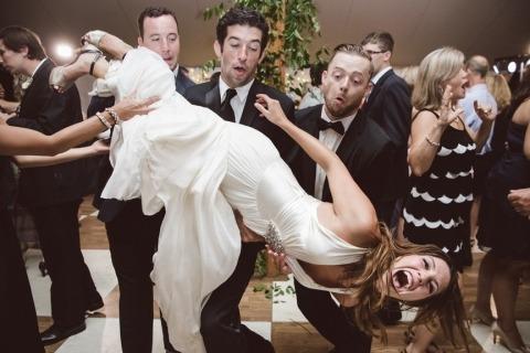 Charleston Wedding Photographers Amelia and Dan offer fresh photography in SC
