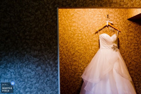 Jersey City Detail Wedding Photos | Image contains: wedding dress, hotel room, gown