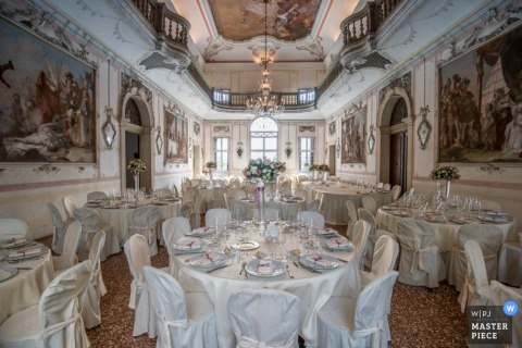 A magnificent hall awaits the wedding guests in this photo taken by a Venice wedding photographer