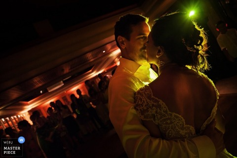 Phuket bride and groom dancing at the reception | Thailand wedding photojournalism