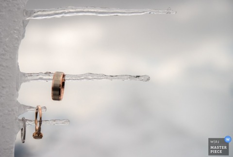Wedding photograph of rings on icicles from Milan