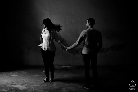 Pre Wedding Guipuzcoa Engagement Photographer | Black and White Couple Portrait Indoors