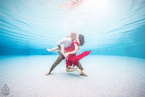 An underwater portrait of a couple during a prewedding session | Miami engagement photographer