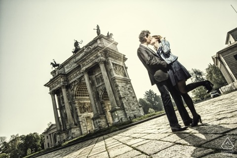 Wedding Engagement photo session of couple with ancient buildings | Milan engagement photographer
