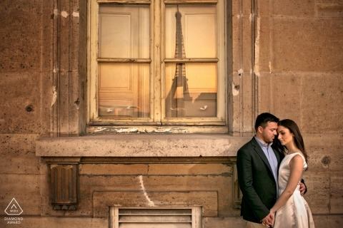 Paris pre wedding photo shoot in the afternoon sun