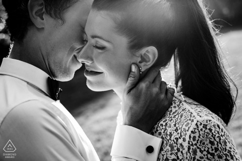 Occitanie afternoon sun splashes this black-and-white portraits of this bride-to-be and her fiancé