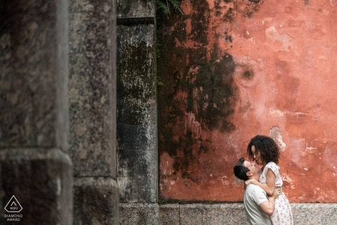 You lift me higher - Rio de Janeiro engagement portrait with a young couple in love