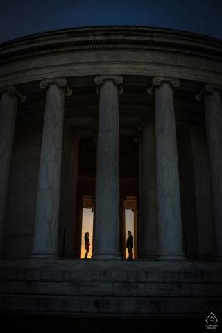 Ein DC-Portrait von monumentalen Ausmaßen - Verlobungssitzungen in der Hauptstadt