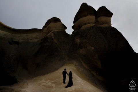 photographe de fiançailles avec un couple à Pasabagi, Cappadoce
