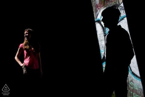 Graffiti engagement photographer for Madrid couples