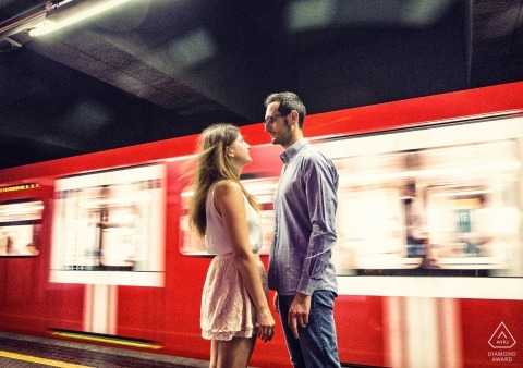 Subway train engagement shoot of a couple | Lombardy photographer pre-wedding portrait session
