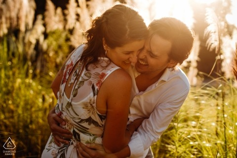 Brazil pre-wedding engagement shoot with a couple in the warm sun | Rio Grande do Sul portrait photography session