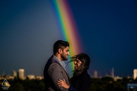 Soul Shoot | Pre-huwelijksshoot met een heldere regenboog voor dit paar