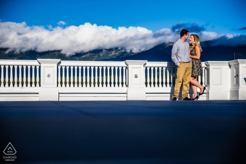 Golden hour light on the flanks of Mount Washington | Alpen Glow wedding and engagement photography