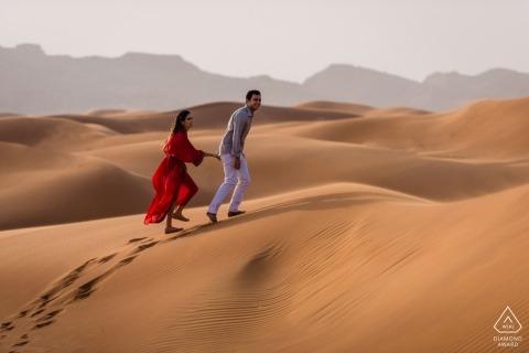 Verenigde Arabische Emiraten Pre-Wedding Portrait Photographer | Dubai Desert Photography