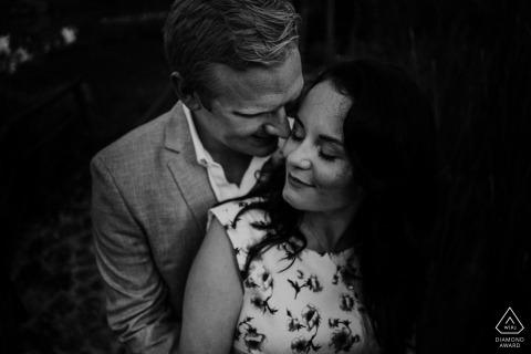 Prewedding black and white sessione for Siena engagement portraits