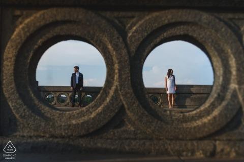 Portriat d'engagement créatif d'un couple à Washington DC