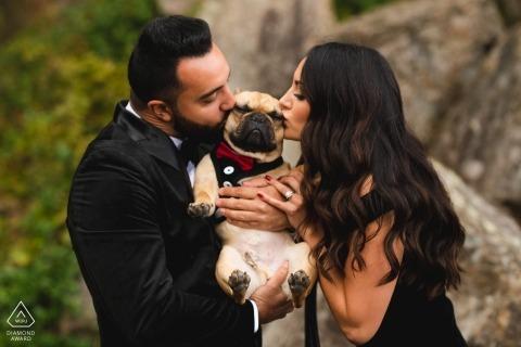 Photos de fiançailles de mariage à Washington DC pour couples amoureux de chiens