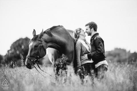 Tobias Löhr, van Hessen, is een trouwfotograaf voor