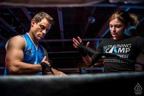 Das Trainingslager MMA | Mischkampfkunst-Verlobungs-Porträt in Colorado