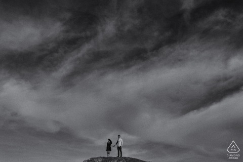 San Francisco Twin Peak Engagement-Portrait für ein junges Paar