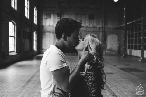 Kiss her like she's mine - Groningen Engagement Photos inside industrial building