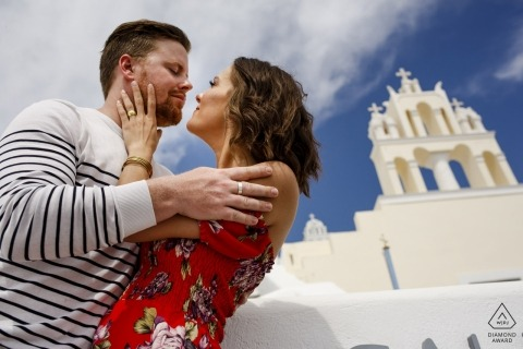 Santorini Engagement Shooting - draußen in der Sonne